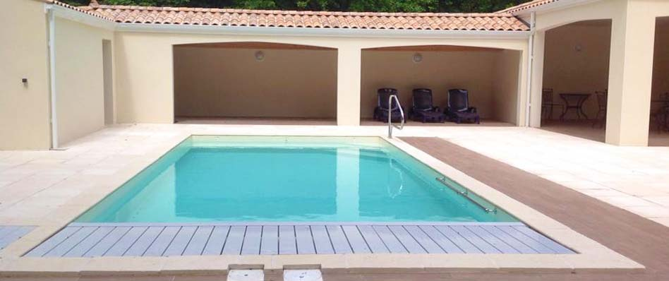 Installateur de piscines et spas la tremblade charente for Constructeur piscine 17